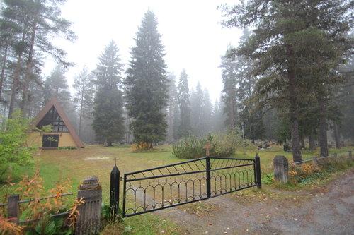 Niskan hautausmaa